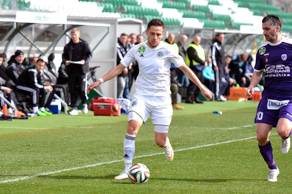 Brdarovski controls the ball