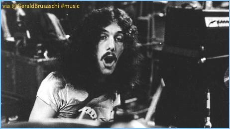 ♫#RIP Musician #BobBurns✞ (Drummer #LynyrdSkynyrd) Dead at 64!➪http://t.co/avFGwRjiKu #music http://t.co/9IzRZlB3lc