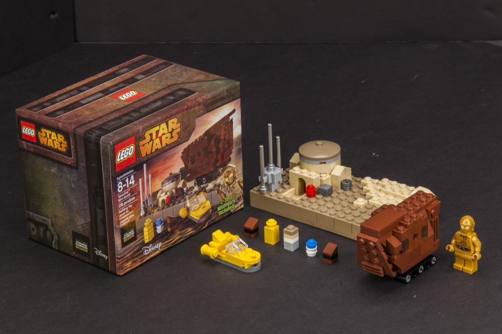 Last day! RT for a chance to win a LEGO @StarWars Celebration exclusive #LEGOSWCVII #SWCA http://t.co/kJDjhXjZLG http://t.co/3b1JocSVJ0