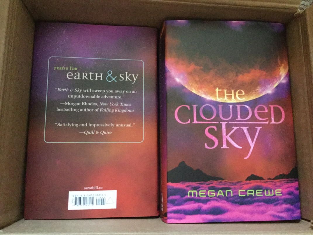 THE CLOUDED SKY hardcovers have arrived! RT if you want one (I'll give one by random draw). #Earth&Sky #bookgiveaway http://t.co/780f7TpkGV