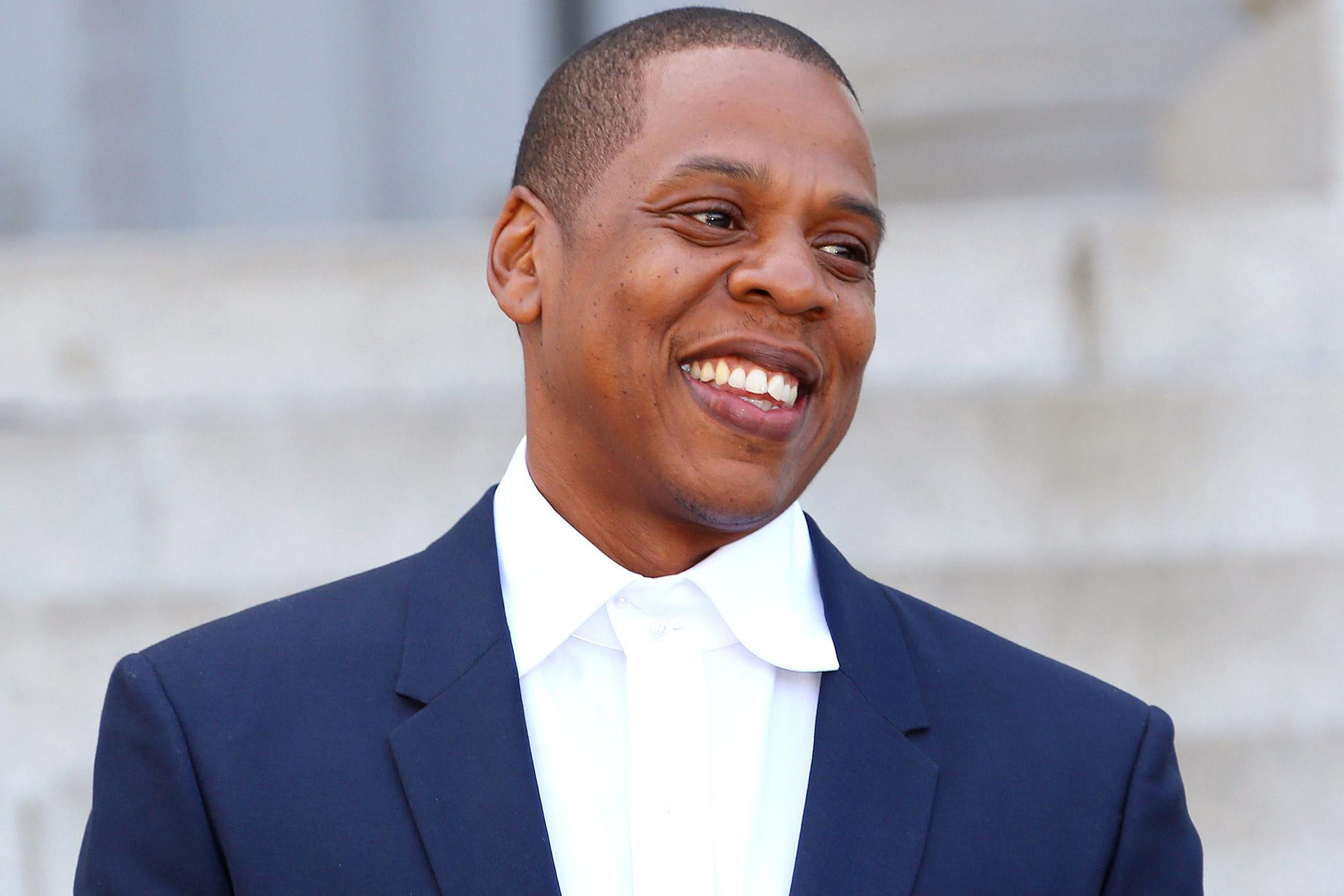 RT @GGNewMusic: Jay Z is calling TIDAL subscribers to personally thank them http://t.co/5zaJT9yRuL http://t.co/BcB3QCSDvJ
