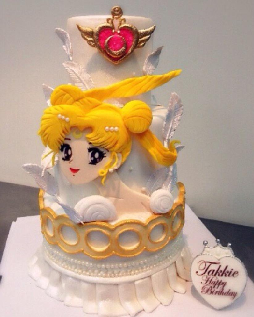 Sailor Moon On Twitter This Cake Is To Die For