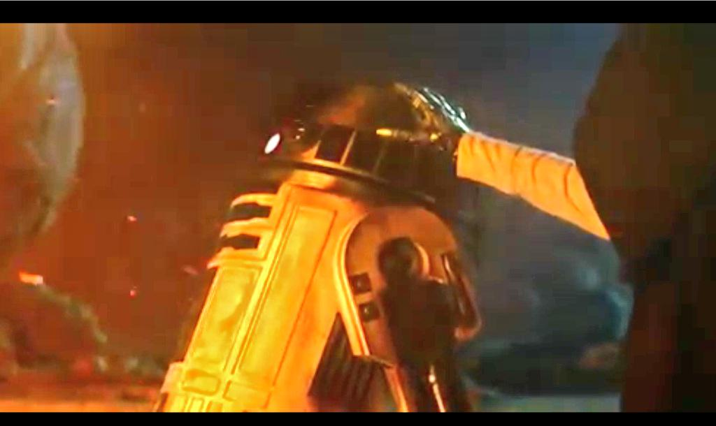 Woke up with fractured foot feeling so sorry for myself, watched this another 30--40 times, now I only feel the force http://t.co/kBcyDdAsyv