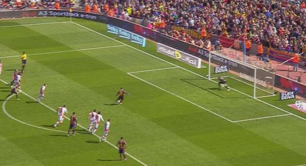 ¿Debió REPETIRSE el penalti de Parejo como el de Messi ante el Rayo?  RT-SÍ FAV-NO #ElChiringuitoDeNeox