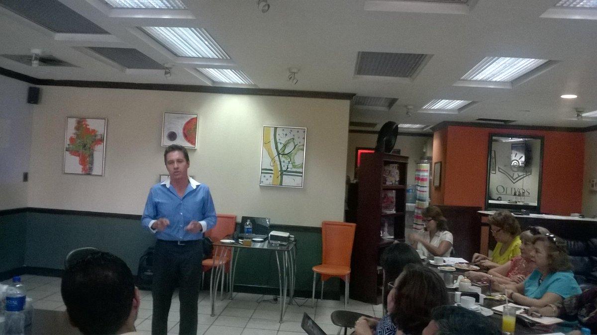 Capacitación con Alberto Casales