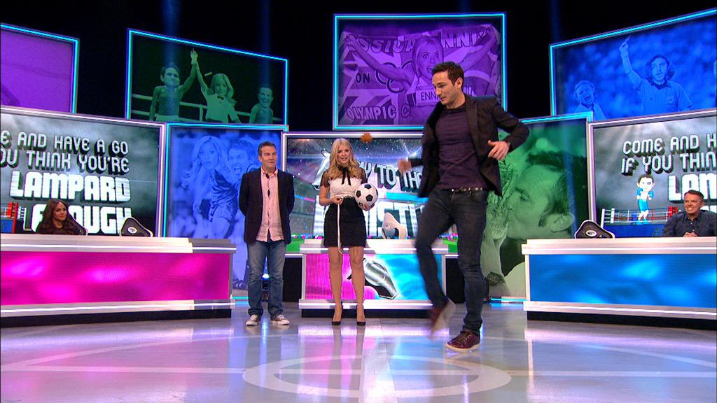 However... Frank may have been using a scotch egg 😉 @PTTWOfficial #PTTW 9:15 tonight xxx http://t.co/DujZUgR9H4