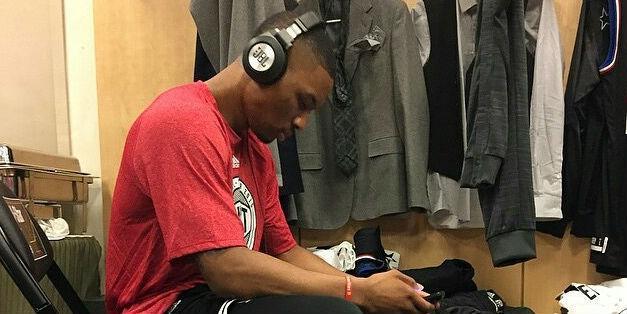 As @trailblazers battle @memgrizz, @JBLaudio inks first NBA player, @dame_lillard http://t.co/wfxoePltwl @NBAplayoffs http://t.co/PJxCk82IZg