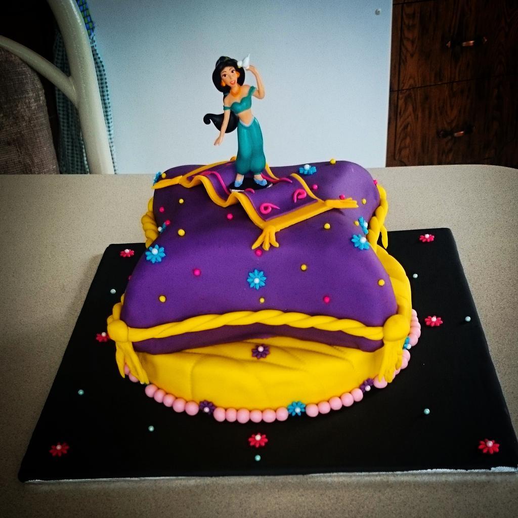 Finesse Catering On Twitter Red Velvet Princess Jasmine Cake
