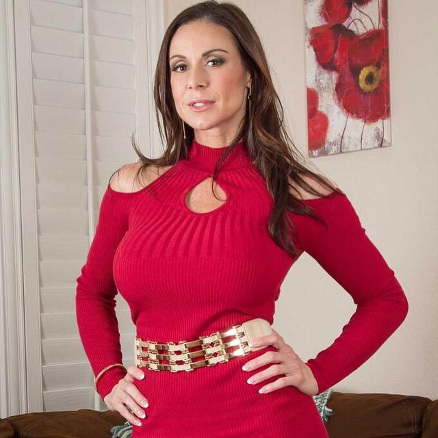 @CrazyHorseFL Everyone in South Florida needs to see the beautiful @KendraLust to feature dance  #LustArmy