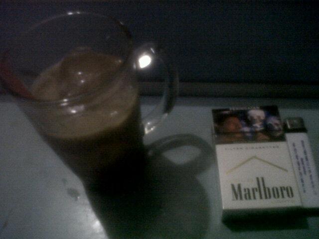 """Ok!! Siap merapat RT """"@ferymanroe86: Ngopi dulu'' yang suka kopi merapat yuk!!! #enggakadakerjaan """""""
