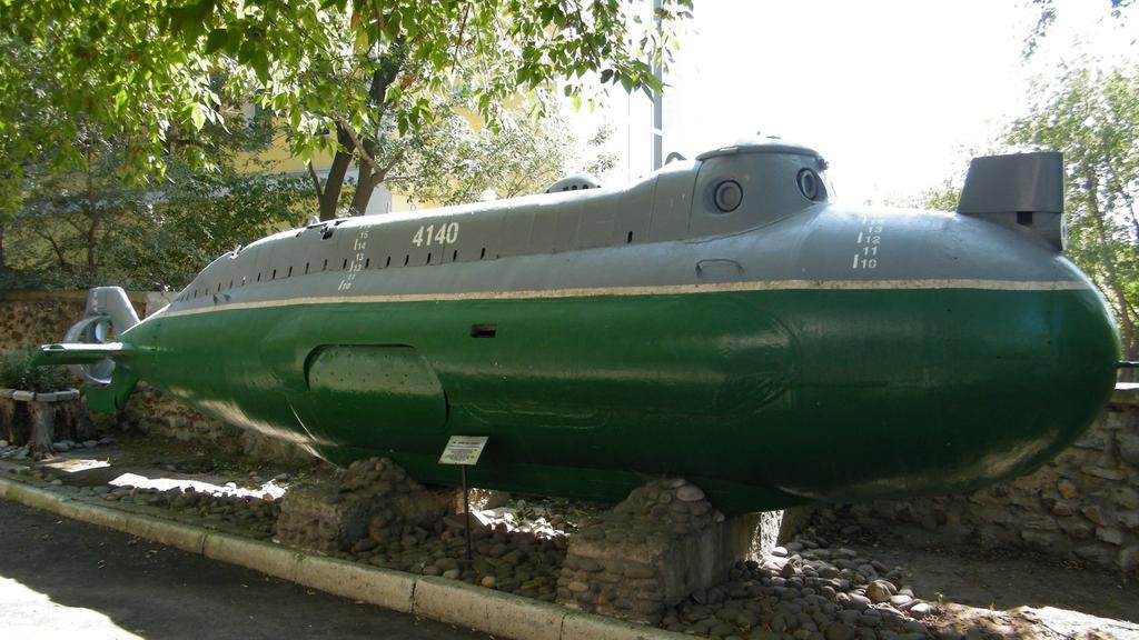 Midget russian submarine triton agree, the