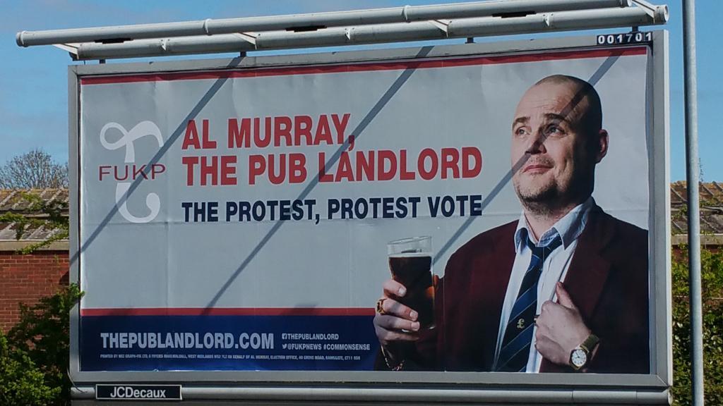 RT @realdocatherton: Just spotted @almurray on a #billboard  in #tesco car park in Ramsgate! Fabulous! #CommonSense 😉 http://t.co/fSZdjP8e5P