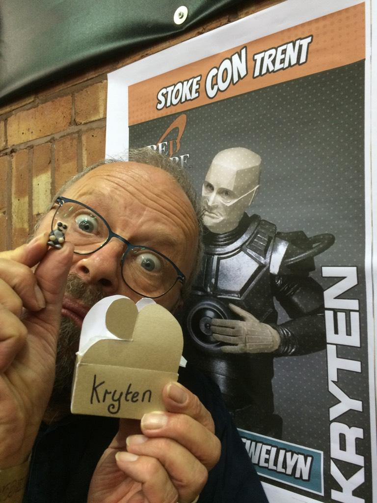 I've just met a microKryten. So cute. Thanks you Millie. (Who made it) #stokecontrent http://t.co/iz6LPsMRmM