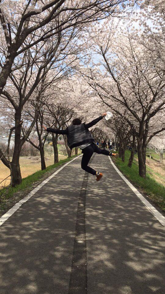 벚꽃놀이 씬난다 http://t.co/CEP1CjV1nc