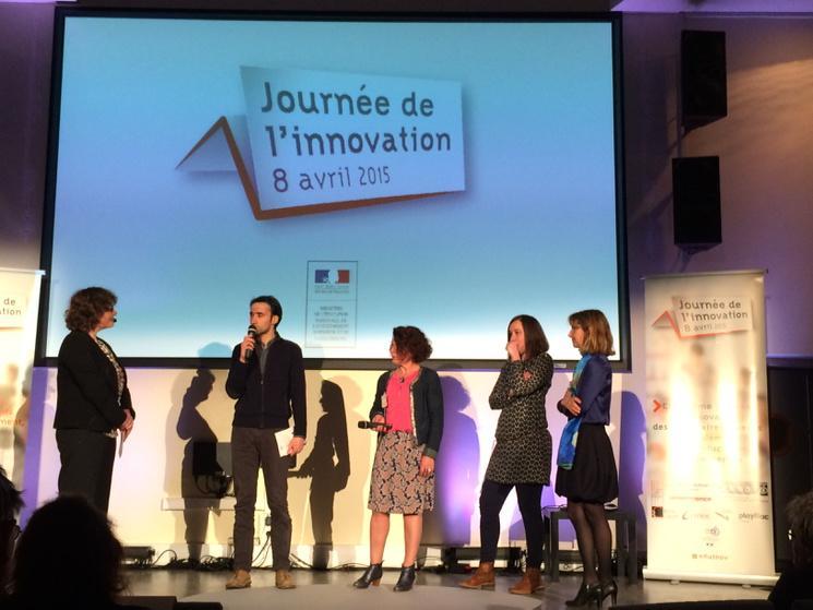 #eduinov Prix de l'évaluation des élèves au collège Debussy @acnantes http://t.co/qLRVKQywkW