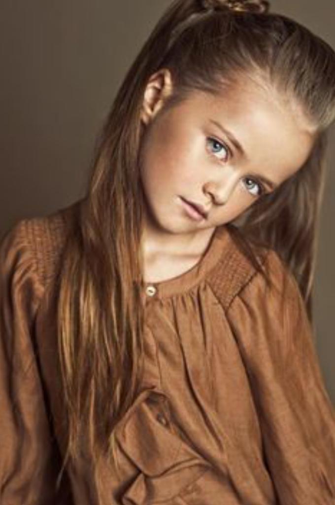 beautiful innocent looking intelligent - photo #5