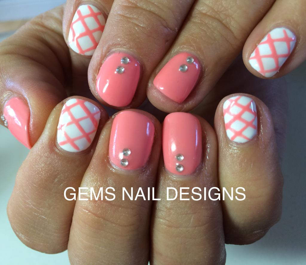 Gems Nail Designs On Twitter Gorgeous Coral With A Waffle Criss