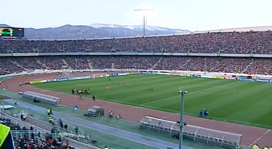 100,000 fans attending an Asian Champions League match between Persepolis and Al-Nassr in Tehran: http://t.co/zri85HtDcY