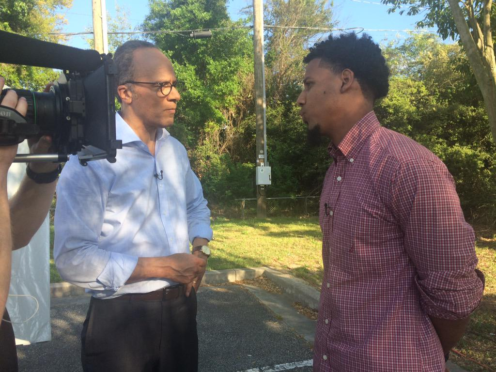 My exclusive interview with man who videotaped SC police shooting of Walter Scott tonight on @NBCNightlyNews http://t.co/rTq183sn8q
