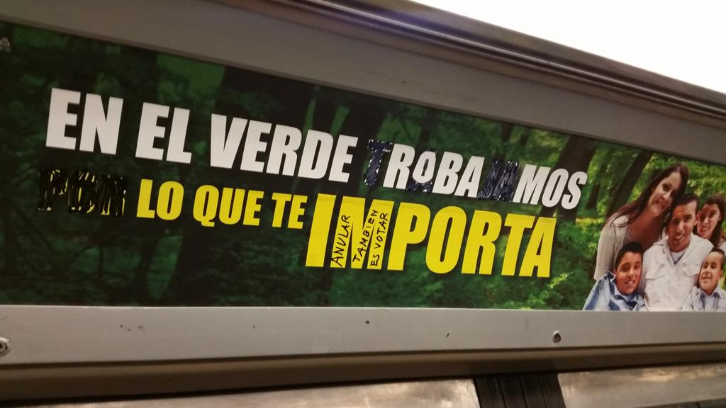 Pequeña revancha ciudadana en el Metro #DF http://t.co/ZbOqc4WtYy