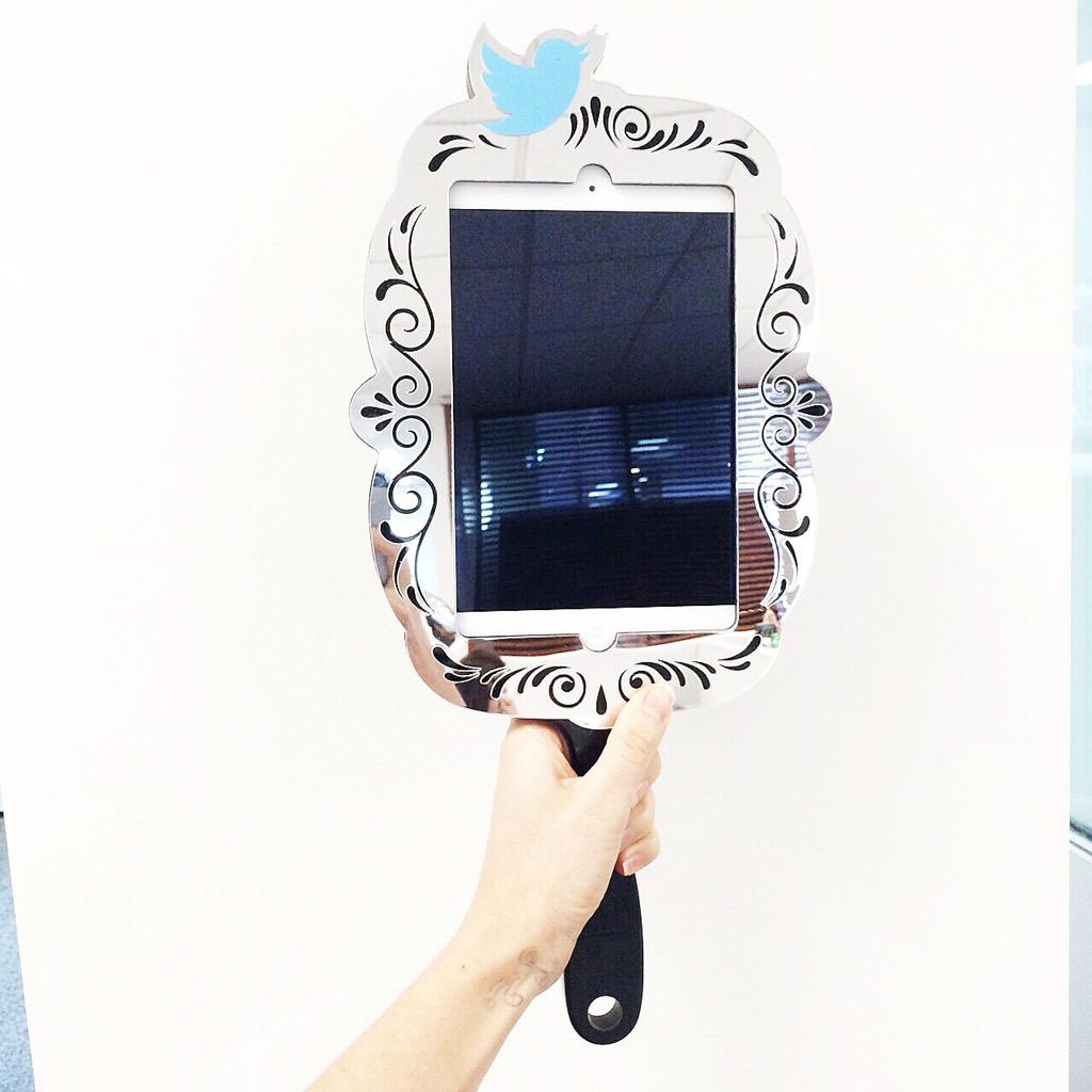 Behold the Twitter mirror, all the way from #NYFW to #MBFWA! http://t.co/kggH8jGL5W