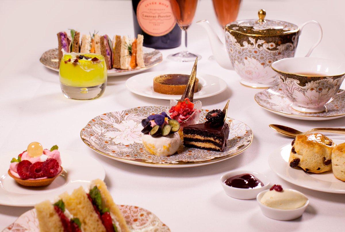 .@cuissonlondon's @ChampagneLPUK afternoon tea #popup is now OPEN!! http://t.co/SJCsr0xt57 .. http://t.co/2XxayQxjZs