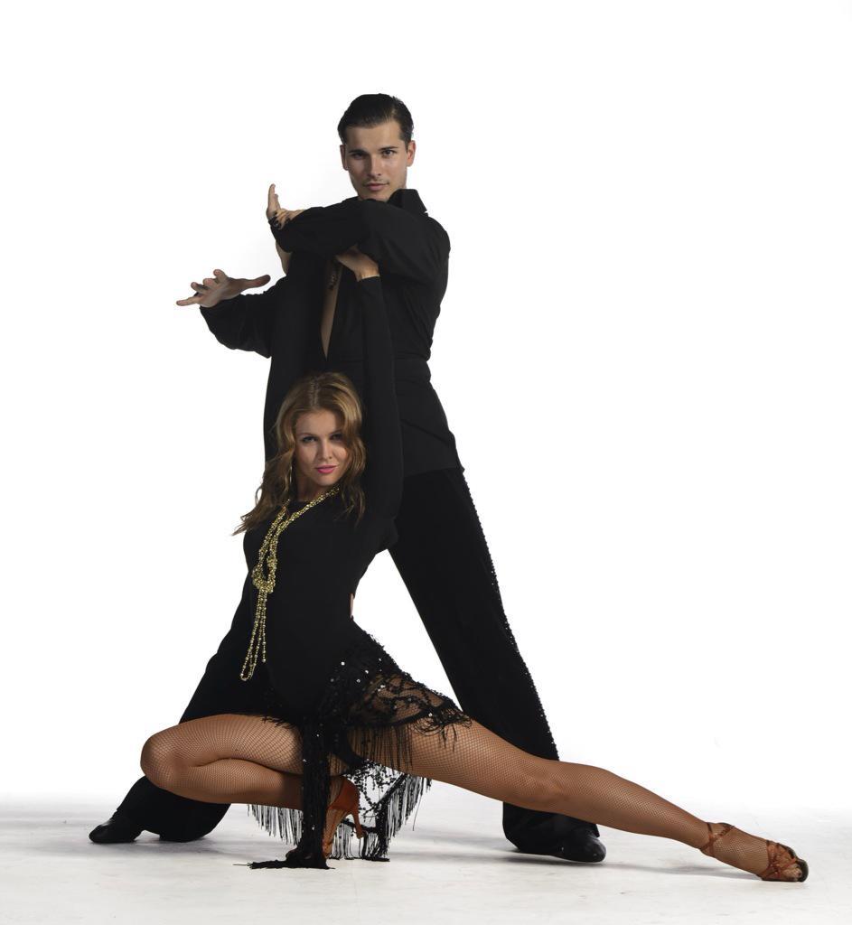 Танцы со звездами. Россия-1 - Страница 17 CCJt8wTUEAAh3IR