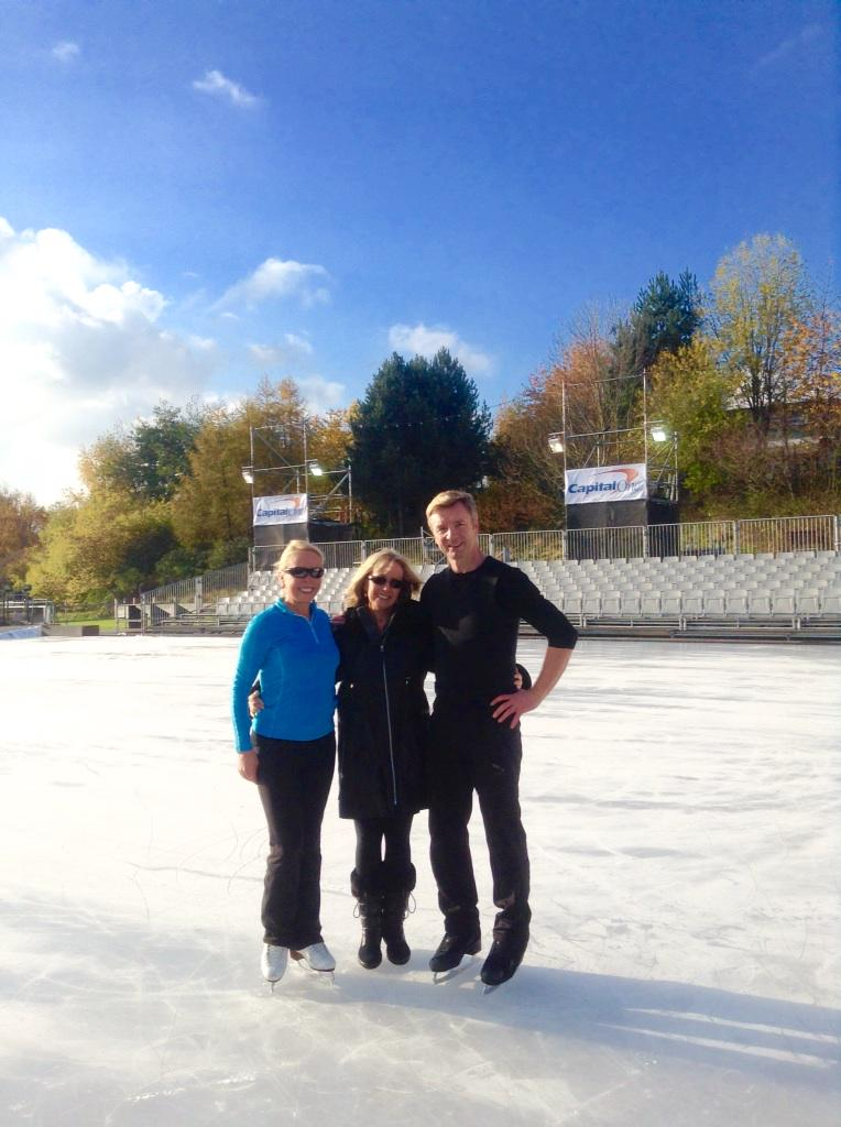 Memories of filming in Nottingham for rink on the estate shown tonight on ITV at 9pm, amazing what can be achieved x http://t.co/Qxyj0T7zhv