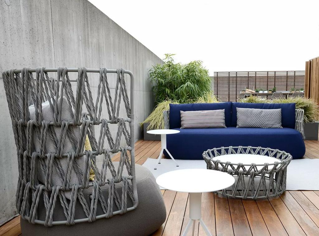 b b italia on twitter fat sofa outdoor design by patricia urquiola let s go outdoor http. Black Bedroom Furniture Sets. Home Design Ideas