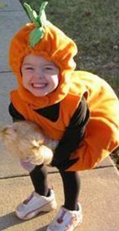 Missing little girl Madeleine, still missed, still missing. Pls, like & support her FB page https://t.co/hjmljKwBfI http://t.co/aqmsiCfuWP