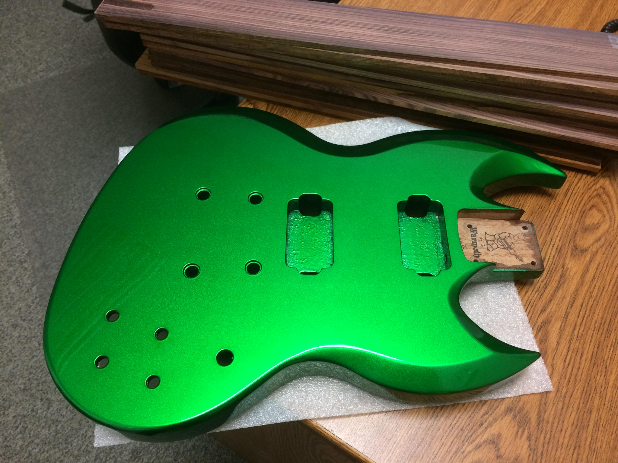 warmoth guitar parts on twitter check out this candy green diamondback body better pics here. Black Bedroom Furniture Sets. Home Design Ideas