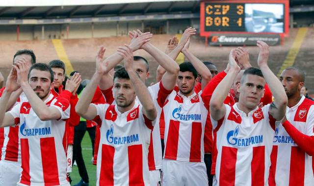 Avramovski and his teammates salute the fans