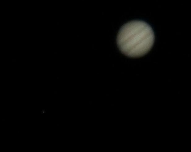 Not bad for a simple reflector telescope. Jupiter with moon Europa. #astrophotography @VirtualAstro @ActiveAstro http://t.co/pgH7ozZhvI