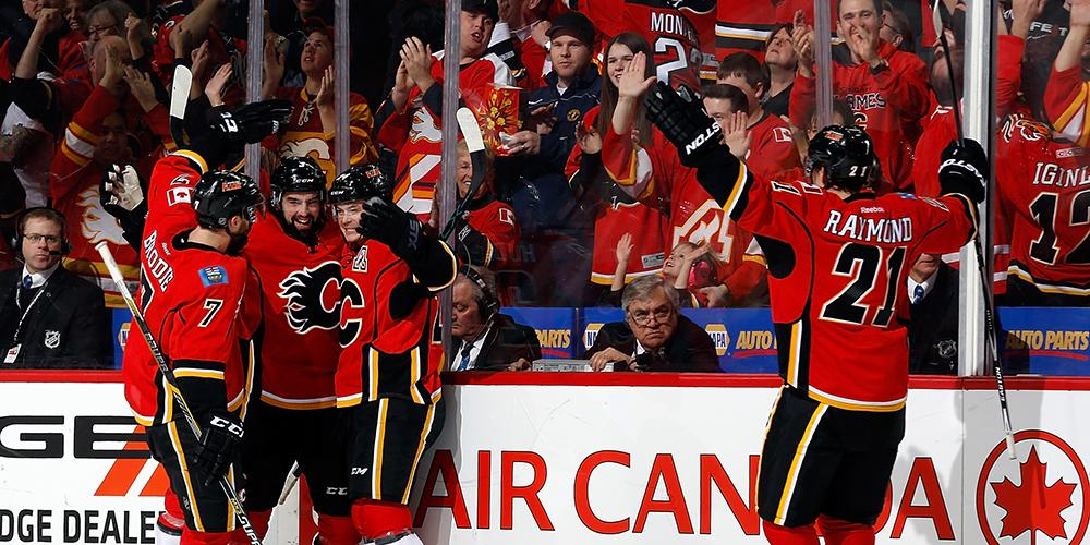 YOU CAN PUT IT IN THE WIN COLUMN! THE #FLAMES CLINCH A PLAYOFF SPOT WITH A 3-1 WIN OVER THE @LAKings! #NeverQuit