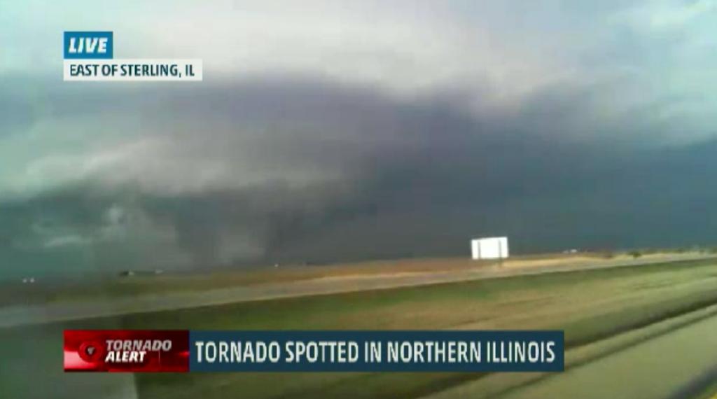 LIVE CDT Wedge tornado north Rochelle Tune Weather Channel
