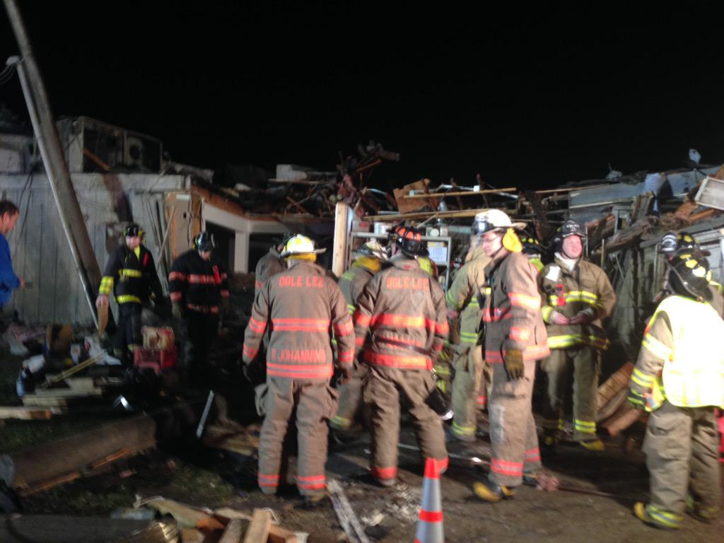 Tornadoes rip through parts of Midwest; 2 killed
