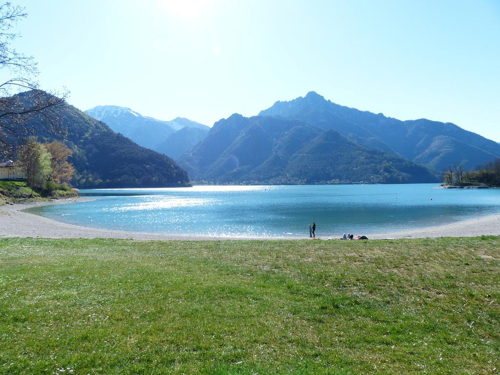 Vacanze con adrenalina in Valle di Ledro con canyoing e parapendio