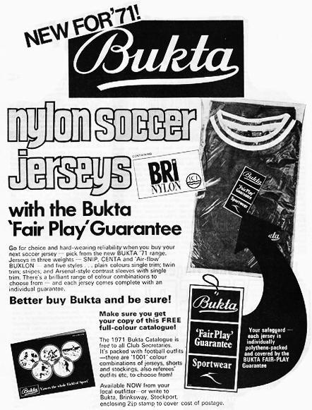 #ViernesTematicoLacasaca #CasacasyPublicidades en el 71' Bukta introduce la tecnología de camsietas de nylon (?) http://t.co/Sp1aNLF7KP