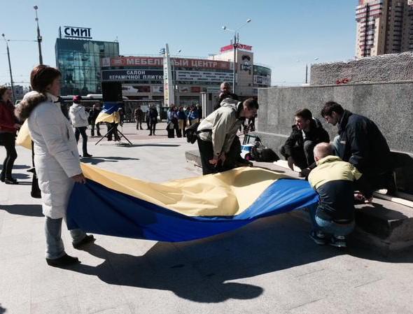 Четыре автомобиля скорой помощи купили для бойцов на Донбассе члены украинской диаспоры в Испании - Цензор.НЕТ 1613