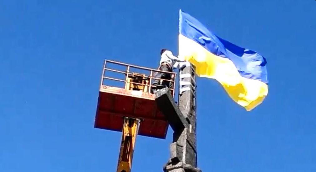 Четыре автомобиля скорой помощи купили для бойцов на Донбассе члены украинской диаспоры в Испании - Цензор.НЕТ 5956