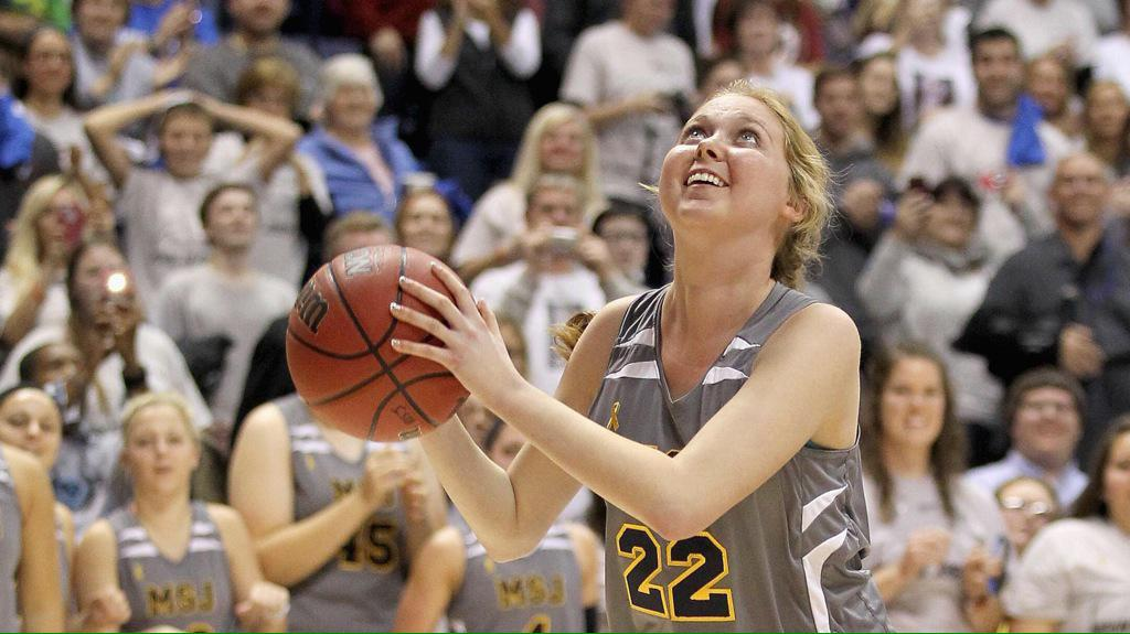 Lauren Hill fought so hard and so bravely. Such an inspiration.  #NeverGiveUp #LaurenHill #layupforlauren http://t.co/XLcEg5sOkJ