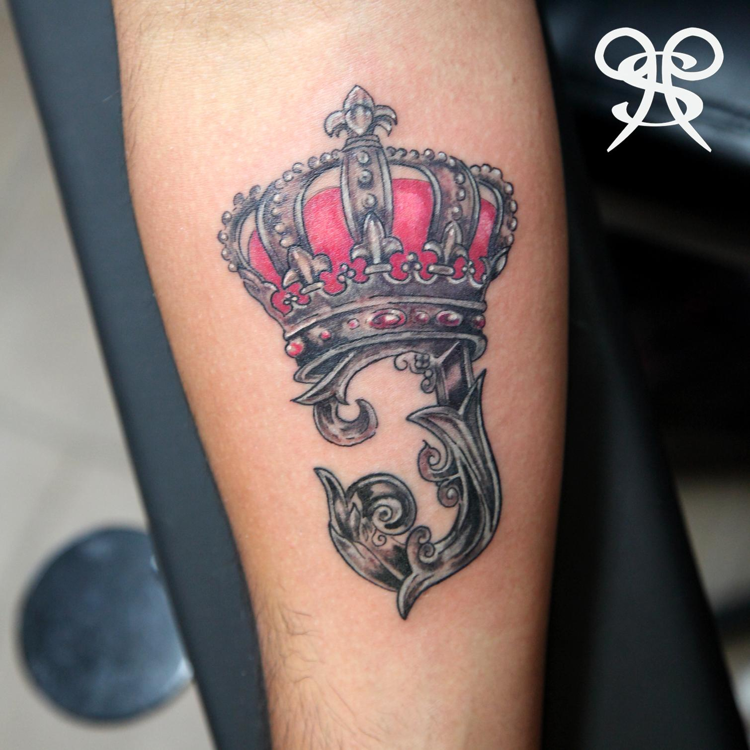 Pleasure pain ink on twitter dope crown tattoo by for Painful pleasures tattoo