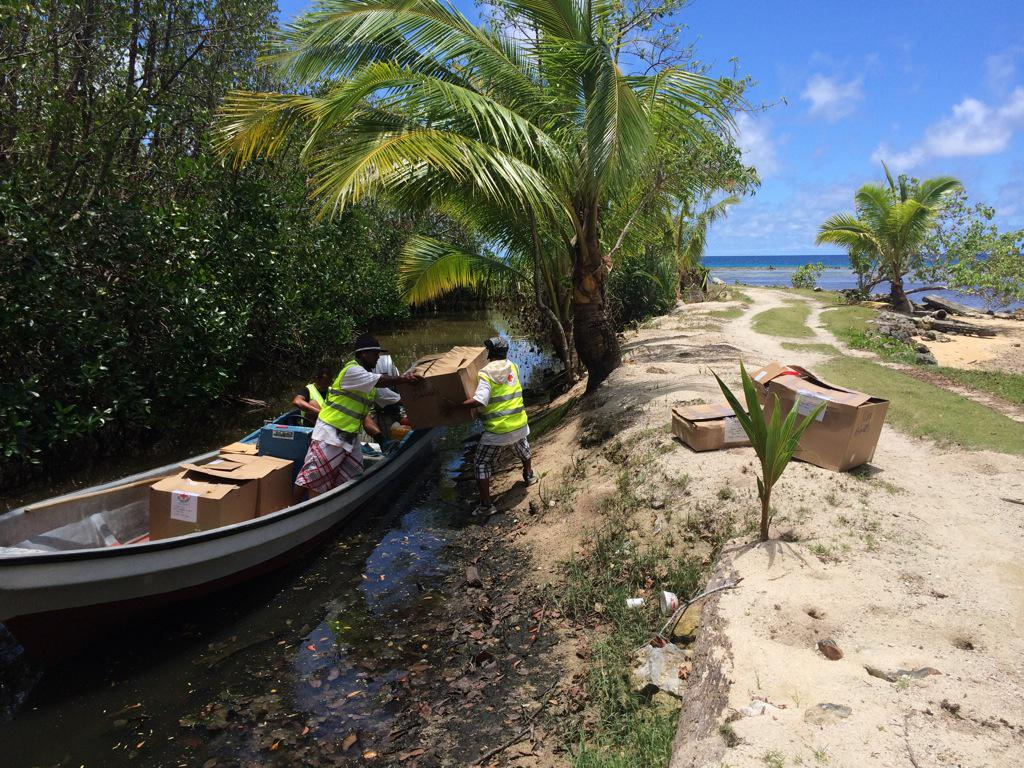 #Micronesia Red Cross volunteers reaching those areas with limited access to bring urgent aid #TyphoonMaysak http://t.co/iZ90g4n8gv