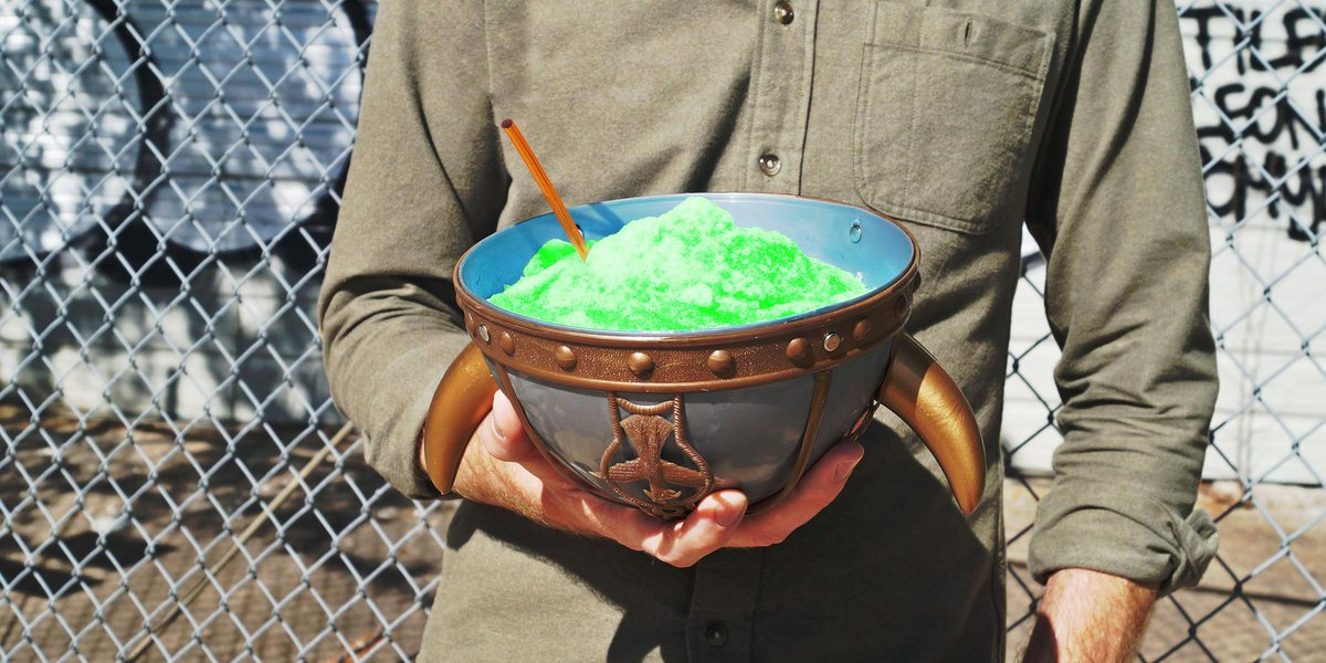 Today's #BYOCupDay! Grab your cup by the horns, fill it up and share it for the world to see! http://t.co/ezibGm00H2 http://t.co/6IPJw4XjbL