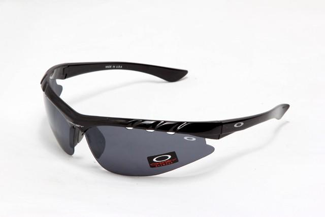 oakley sunglasses sale twitter  oakley sunglasses hot sale only £23.99 today !!http://x.co/8gqcr pic.twitter /ieualo6sdn