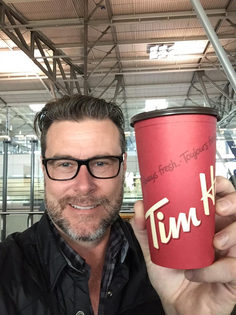 Just finished The National Women's Show. Had a blast!! Grabbed an @TimHortons for the flight home. Gotta love Timmy's http://t.co/toLiqyZCgj