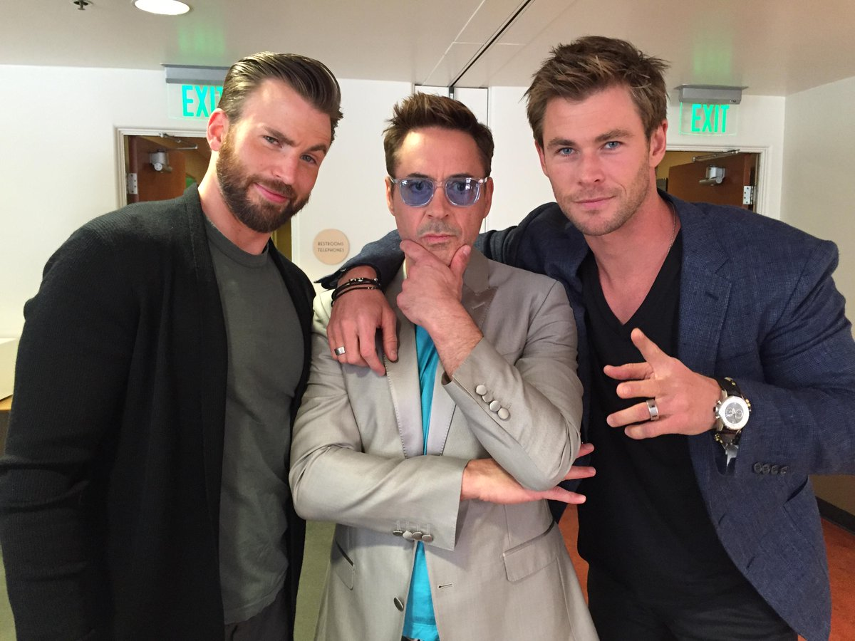 Chrishemsworth Avengers PressTour With These Legends ChrisEvans RobertDowneyJr Pictwitter Wc04EQsxET OMG I DIED