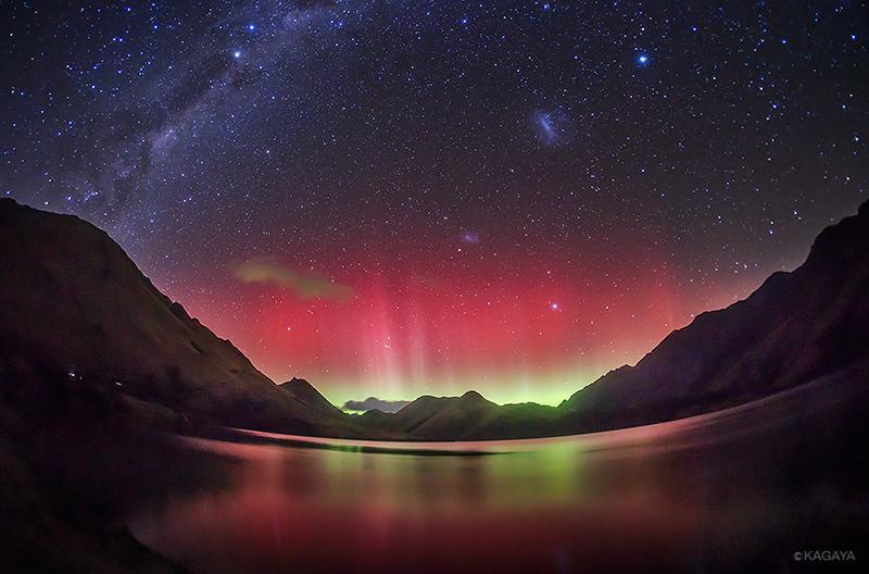 そして昨夜、ニュージーランド撮影初日にいきなり磁気嵐。低緯度オーロラ出現! なんという幸運…。 pic.twitter.com/j4YbRZw0Vg