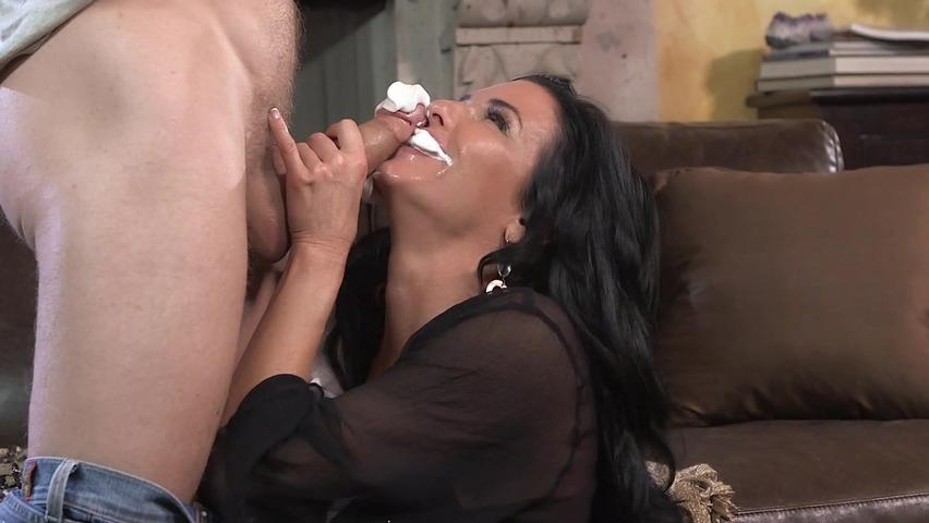 women sucking dick whipping