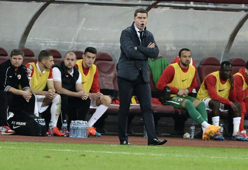 Naumovski watches from the bench
